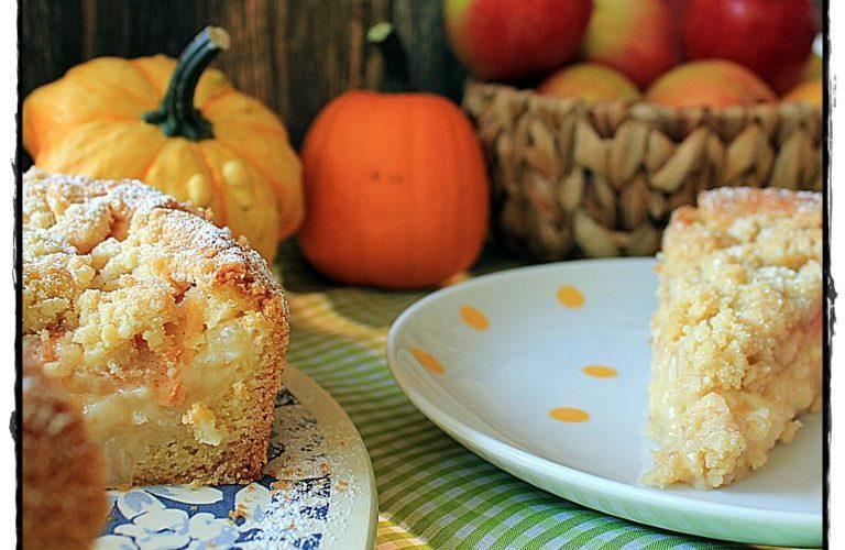 Köstlicher Apfel-Pudding-Schichtkuchen