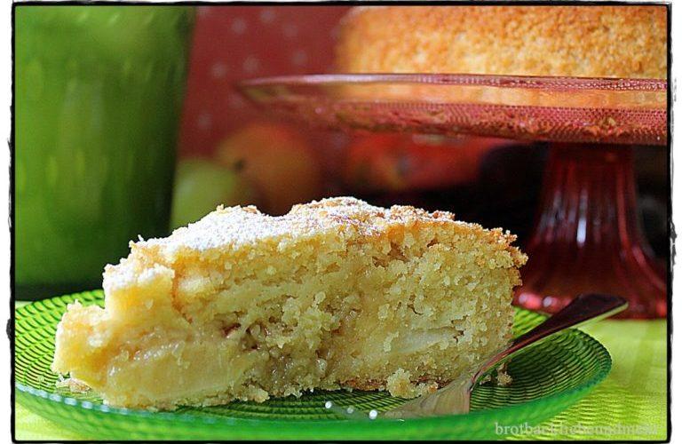 Apfel-Vanillekuchen mit Mandel-Nuss-Krokant