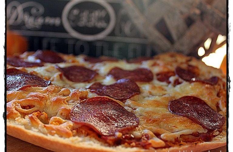 Schnelle Fladenbrot-Pizza