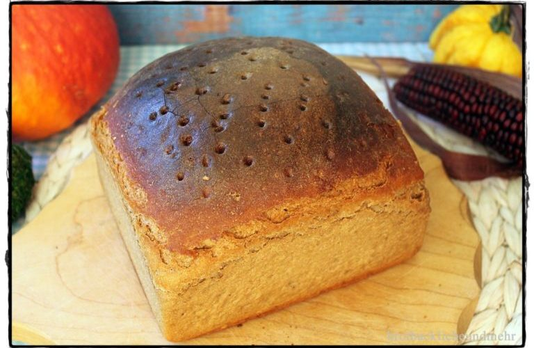 Paderborner Brot im Holzbackrahmen