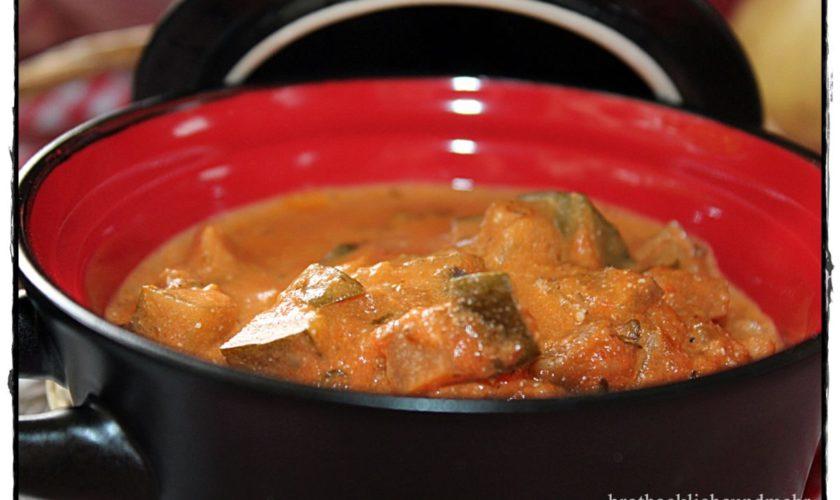 Auberginen-Tomaten-Käse-Soße zu Pasta oder Gnocchi