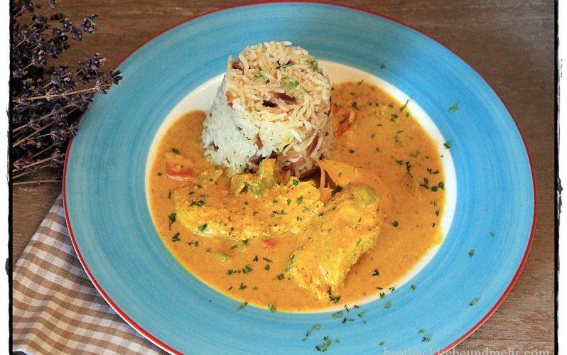 Indisches Mandel-Hähnchen-Curry