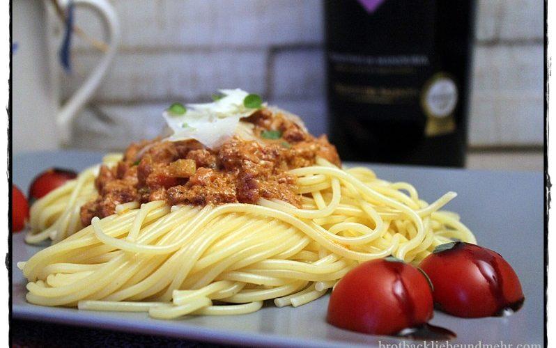 Tomaten-Ricotta-Pasta mit Salsicce