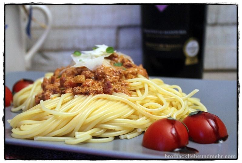 tomaten ricotta pasta mit salsicce brotbackliebe undmehr. Black Bedroom Furniture Sets. Home Design Ideas