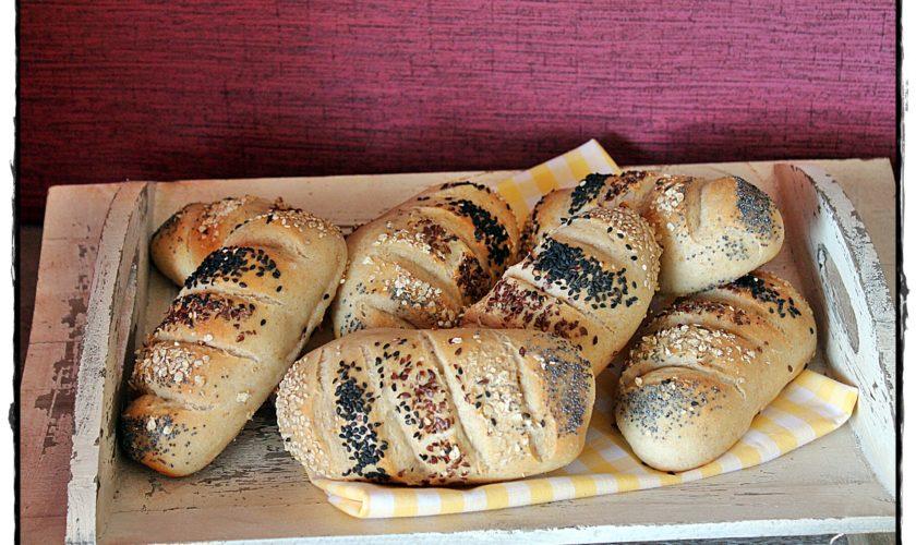 Saaten-Baguette-Brötchen mit Lievito Madre