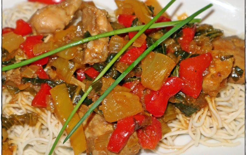Chinesische Hähnchenpfanne süß-sauer