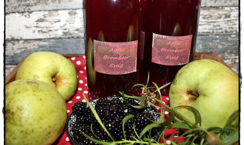 Brombeer-Apfel-Essig mit Estragon