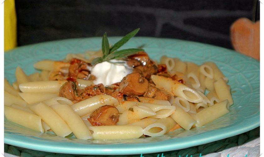 Pasta mit Champignons und Sherryrahm