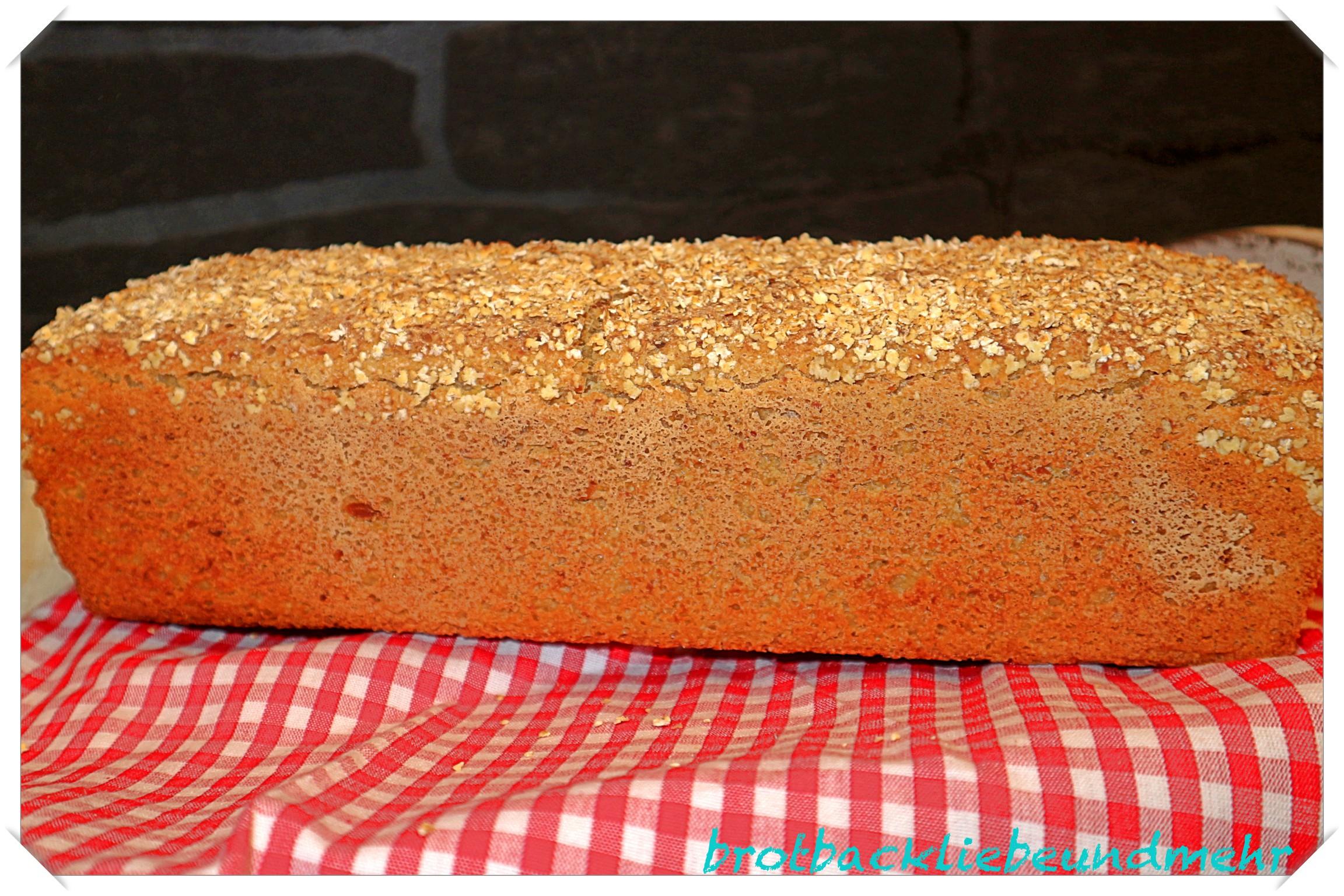Foto 2- Glutenfreies Buttermilch-Flockenbrot