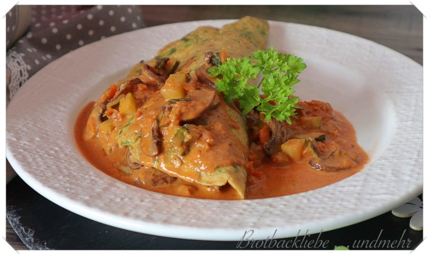 Einkorn-Kräuter-Pfannkuchen mit Zucchini-Pilzfüllung