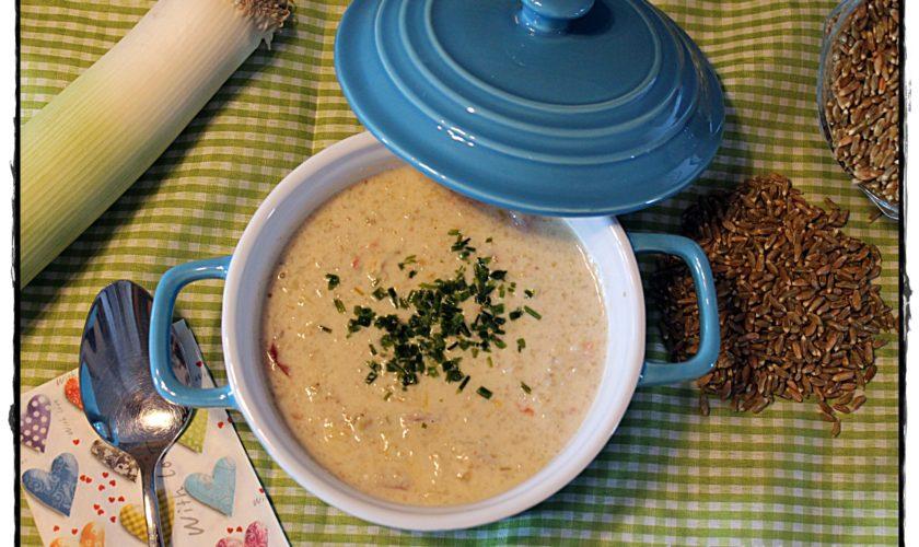 Lauch-Rahm-Suppe mit Grünkern