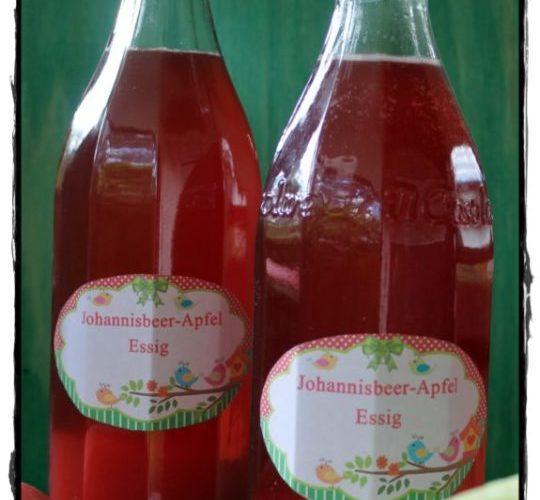 Johannisbeer-Apfel-Essig