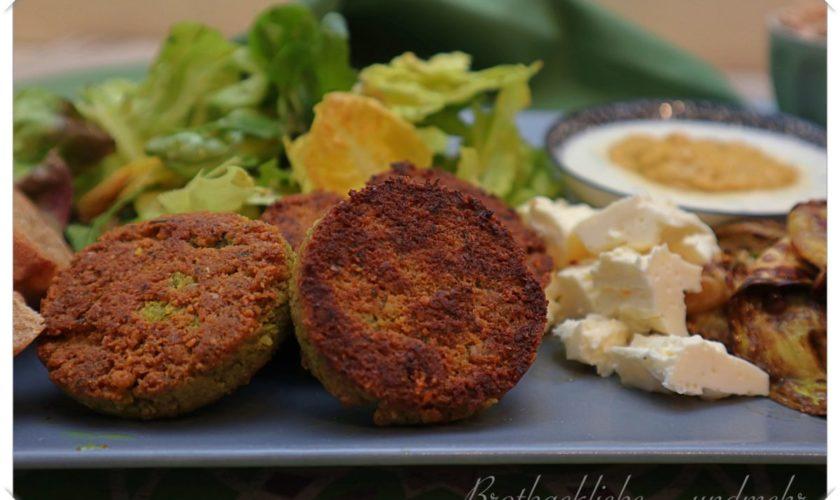 Sudanesische Falafel mit Joghurt- und Auberginen-Dip